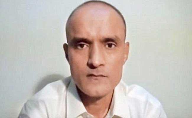 पाकिस्तान की जेल में बंद कुलभूषण जाधव की फांसी पर अंतरराष्ट्रीय कोर्ट आज सुनाएगा फैसला