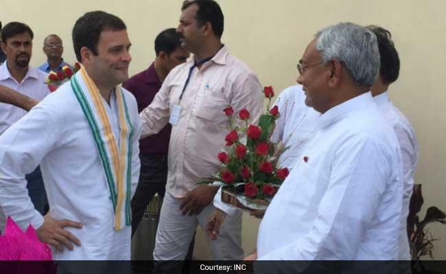 नीतीश कुमार ने की राहुल गांधी से बात, उपराष्ट्रपति चुनाव में समर्थन के दिए संकेत