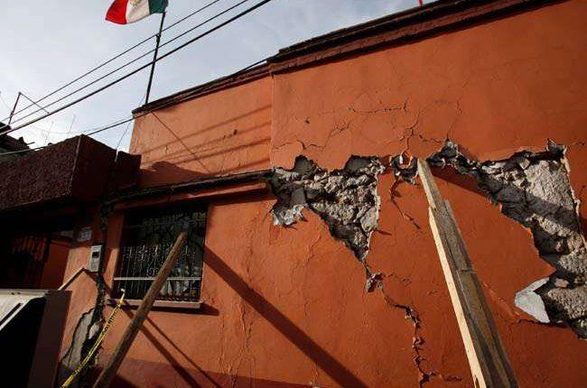 मेक्सिको में फिर हिली धरती, ज्वालामुखी भी सक्रिय