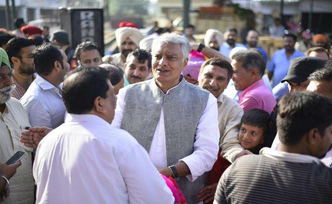 गुरदासपुर में कांग्रेस ने बाजी मारी, BJP से छीनी गुरदासपुर लोकसभा सीट, 1.93 लाख वोटों से जीते सुनील जाखड़