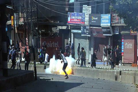 जम्मू कश्मीर : सरकारी संपत्ति को नुकसान पहुंचाने पर हो सकती है तो होगी 5 साल तक की जेल
