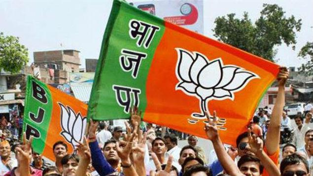गुजरात: बीजेपी के टिकट के लिए लगी मुस्लिमों की लाइन, क्या बदलेगी भाजपा की इमेज?