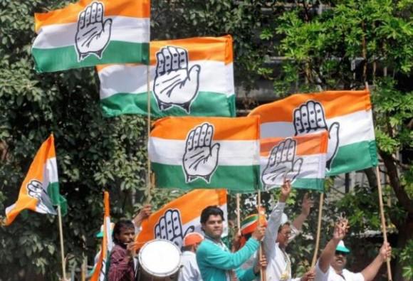 दिल्ली कांग्रेस ने निकाला पैदल मार्च, मांगा अमित शाह का इस्तीफा