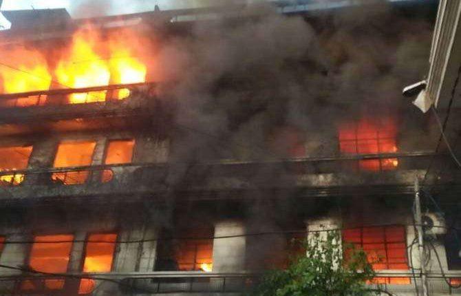 लुधियाना- धागा फैक्ट्री में लगी आग, दमकल की 12 गाड़ियां आग बुझाने में जुटी