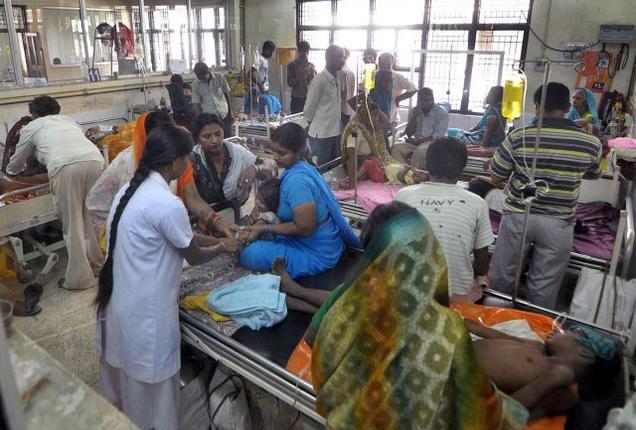 गोरखपुर मेडिकल कॉलेज में नवजातों की मौत का सिलसिला जारी, 72 घंटे में 30 की मौत